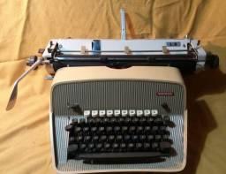 Máquina Datilografia Antiga