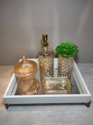 Título do anúncio: bandejas espelhadas p/decorar sua casa, escritório, recepção,vários tamanhos e cores!