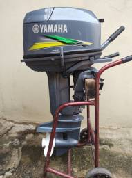 Título do anúncio: MOTOR DE POPA YAMAHA 25HP POUCAS HORAS DE USO.