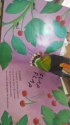 Título do anúncio: Livro infantil 3 D rasgado