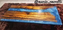 Mesas river table em resina.