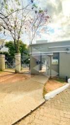 Apartamento para alugar com 2 dormitórios em , cod:I-036858