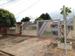 Casa no bairro universitário, próximo ao Upa e Agetram