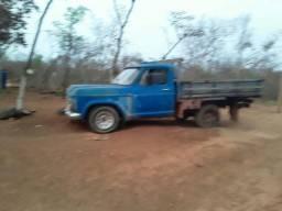 Vendo  D 10 Diesel