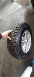 Título do anúncio: Jogo de rodas e pneus aro 17 Amarok