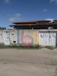 Vendo casa no bairro Eixo Sul, composta por: