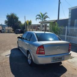 Título do anúncio: Astra sedan 2004 1.8