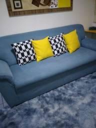 Vendo um sofá de três cantos esse valor já com o juros da máquina que é pô minha conta.