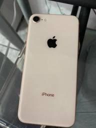 Título do anúncio: IPhone 8 64gb (aceito negociações)