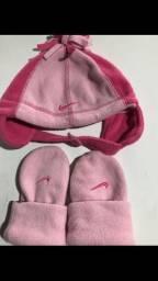 Conjunto de luvas e touca menina tamanho 1 a 3 anos marca Nike Original