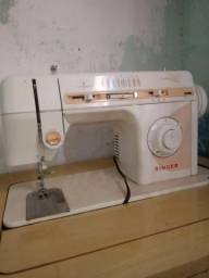 Maquina de costura singer facilita plus (eletrica)com pedal