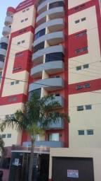 Apartamento de 03 quartos bem localizado no centro da cidade