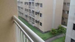 Condomínio Alamanda Apto. 3 Qts 45 m2 com Varanda !