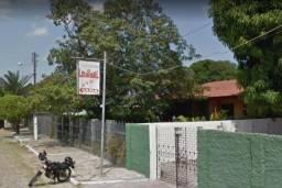 Casa, que funciona como churrascaria, com aprox. 305,00m²