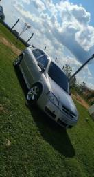 Astra 2.0 Hatch COMPLETO - 2004
