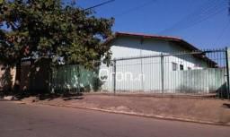 Apartamento com 4 dormitórios à venda, 360 m² por r$ 180.000,00 - jardim marques de abreu
