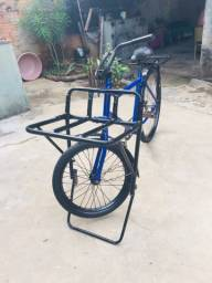 Vendo bicicleta monark cargueira ..