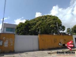 Duplex à venda no centro de Paracuru, com 6 quartos