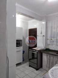 Apartamento com 2 dormitórios à venda, 56 m² por R$ 195.000 - Jardim São Francisco - Cubat