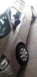 Renault Clio Authentique 1.0 16V 2013/2014 - 2014