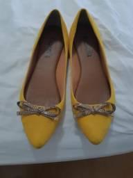 Sapatilha amarela
