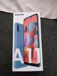 Samsung A11 zero na caixa
