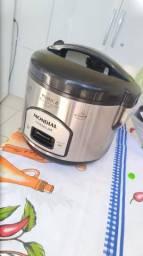 Panela de arroz Mondial 6 xícaras
