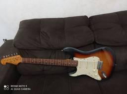 Vendo guitarra stratocaster SX canhota sst62 LH