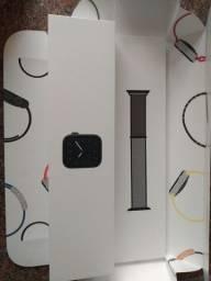 Apple Watch 5 40mm NOVO NA CAIXA zero sem uso