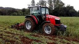Vende-se Trator Massey 4707