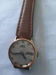 Vendo um relógio da marca mido muito antigo automatico martelo