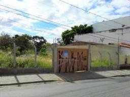 Alugo terreno na Almirante Barroso com 1.233 m²