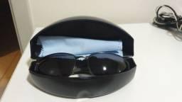 Óculos escuros Benetton