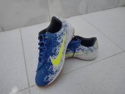 Título do anúncio: Chuteira novinha Nike