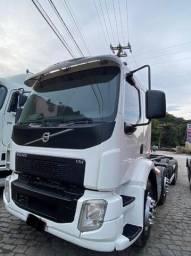Volvo VM 330 2015