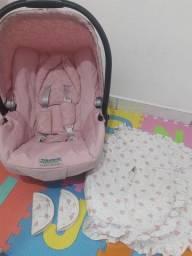 Bebê conforto burigotto semi novo, está bem novinho com capa acolchoada