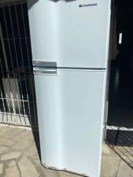 Geladeira Eletrolux de 460 litros