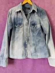 Título do anúncio: Blusa Jeans - usada - Tamanho M