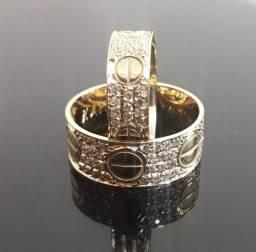 Título do anúncio: Alianças Cartier em ouro 18k com diamantes sintéticos