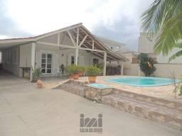 Título do anúncio: Casa com 5 quartos e piscinas em Coroados