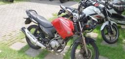 Vendo ou troco moto yamaha factor 125cc  ano 2010