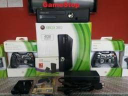 Xbox 360 Slim Novíssimo/Destravado HD500GB com 8000 Jogos Lançamentos (Loja GameStop)