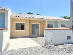 Casa nova averbada para financiamento, localizada no balneário Parque!