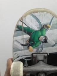 Skate usado com desenho,dá Marvel.