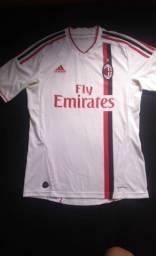 Camiseta do Milan Original Adidas, em excelente estado de conservação! (Tam M)