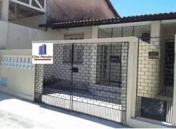 Casa para venda possui 144 m2 com 3 quartos em Monte Castelo - Fortaleza - Ceará