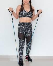 Conjuntos Fitness com Detalhe em Arrastão