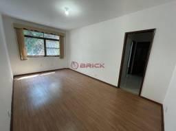 Apartamento de 1 quarto para locação no Alto, Teresópolis/RJ.