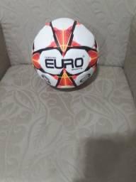 Vendo bola de futebol de Campo...