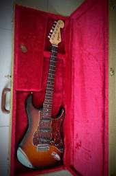 Guitarra Strato Tagima T735 Custom